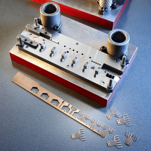 flat-strip-spring-tooling