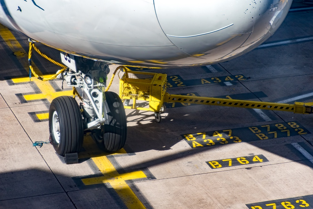 Boeing 747 Landing Gear parked on stand