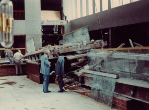 engineers looking at the aftermath of the Hyatt Regency walkway collapse disaster