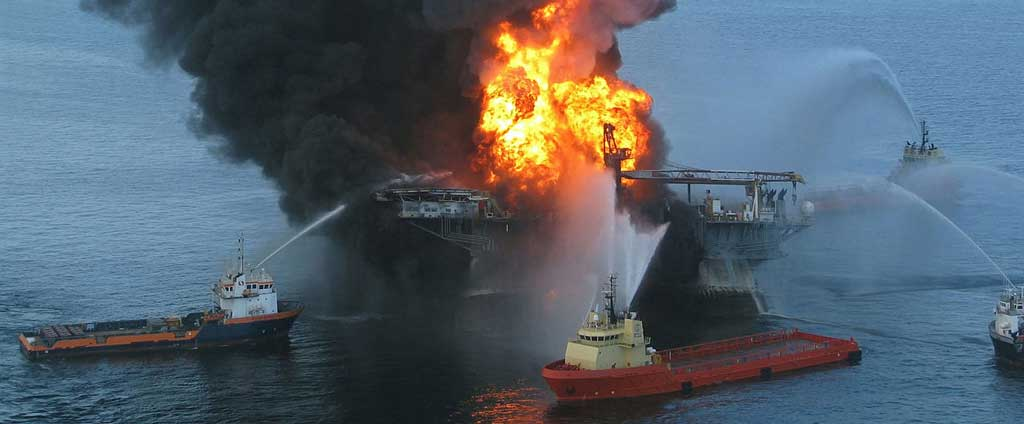 Deepwater Horizon in flames after the explosion
