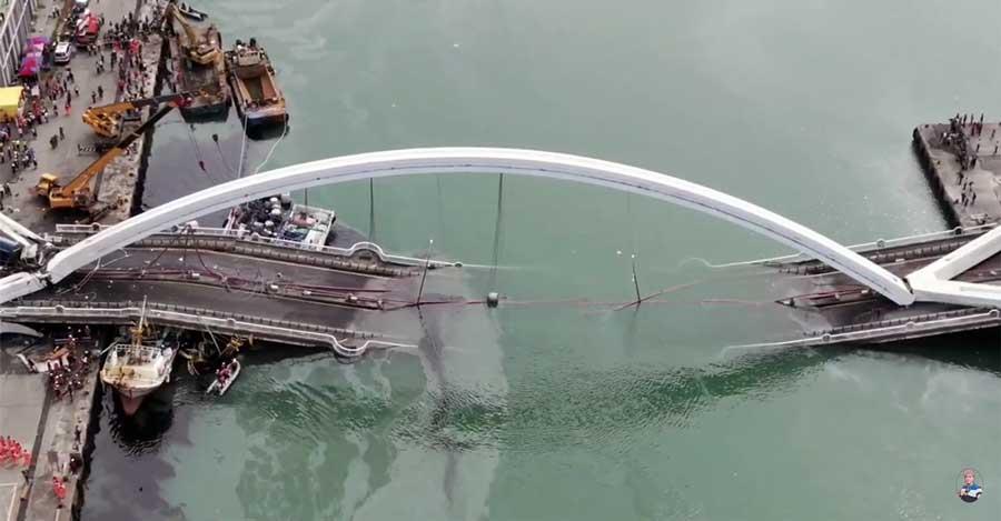 taiwan-bridge-collapse