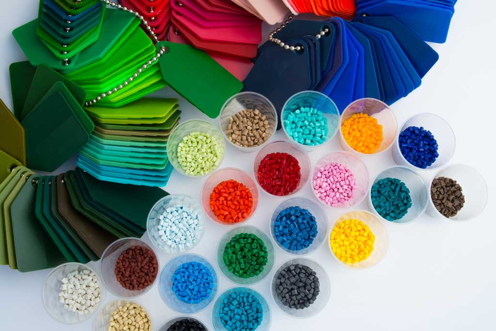 injection moulding: polymer plastics